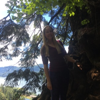 Catching my breathe along Larch Mountain Trail